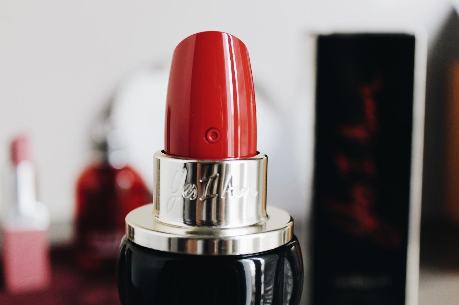parfum en forme de rouge a levre