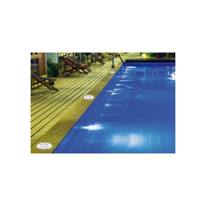 spot piscine